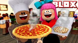 FOODporn.pl WORKING AT A PIZZA PLACE IN ROBLOX!