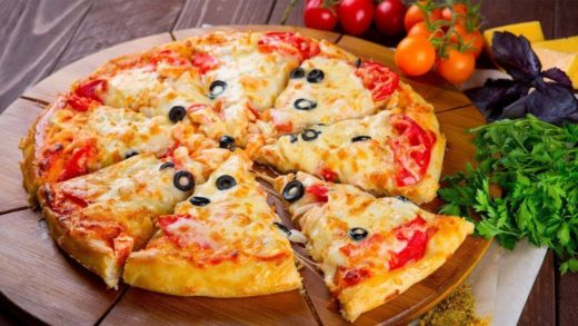 8 Delicious & Easy Pizza Recipes - How To Make Pizza at Home