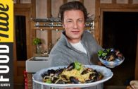 FOODporn.pl Angry Mussels 3 Ways | Jamie Oliver