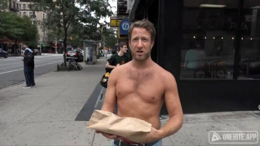Barstool Pizza Review - Mama's Pizza