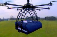 FOODporn.pl Domino's Flying Drone Delivers Pizza
