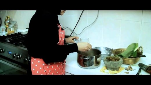 Traditional Malaysian Chicken Curry & Rice | Search for a Food Tube Star