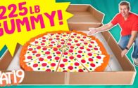 FOODporn.pl We Made The World's Largest Gummy Pizza!