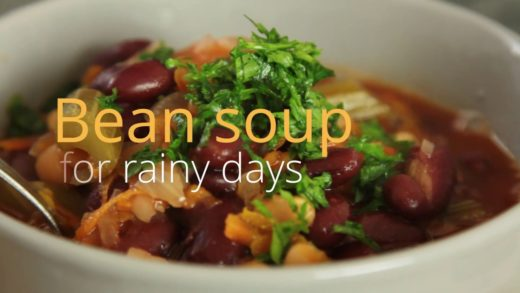 Bean soup for rainy days