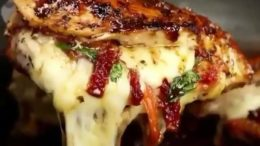 Cheesy chicken recipe!!!  FOLLOW  for more!!   by …