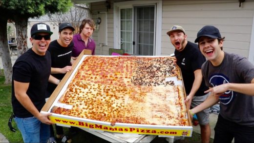 EATING THE WORLD RECORD PIZZA!!