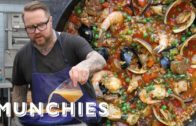 FOODporn.pl How-To: Make Paella Valenciana with Jamie Bissonnette