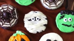 It's Halloween time! Which is your favorite cupcake?  Mine is with spider and pumpkin These are simple designs you can use for your party tonight! – Start to bake with …