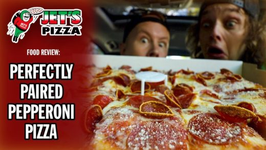Jet's Pizza's Perfectly Paired Pepperoni Pizza Food Review | #SPONSORED
