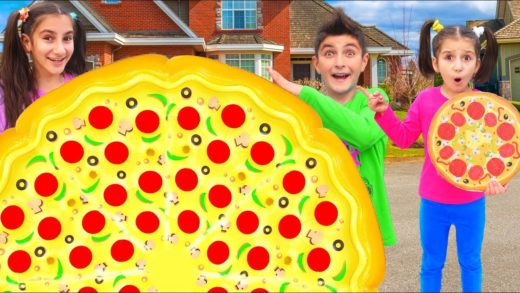 Kids Pretend Play with Giant Pizza Fast Food Drive Thru Food Toys by Color For Baby