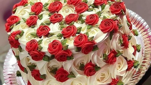 Love these colors Red and white roses looks amazing together  What do you think? Tag a friend who'd love this cake - Start to bake with ...