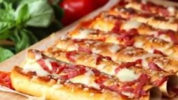 Pizza-quitos!!   by …