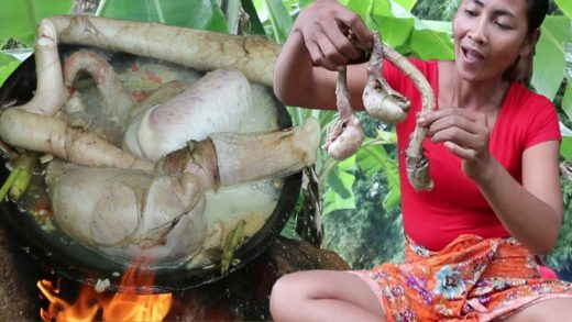 Survival skills: Cow penis soup on clay for food - Cooking cow penis eating delicious