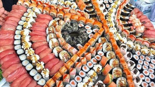 Sushi Sunday  should be a thing.  Tag friends who would join your for some delicious Sushi.  Follow us on   for more tasty tales.  By Unknown. DM for Credit....