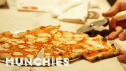 The Pizza Show: Extra Slice – Dueling Pizzas