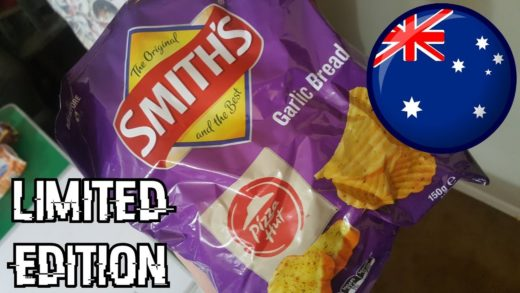 WE Shorts - Smith's Pizza Hut Garlic Bread Potato Chips - Australia