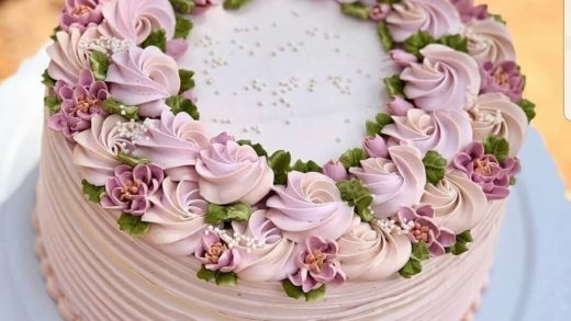 Yes or no?  flowers cakeby  This cake is so beautiful!!!                  ...