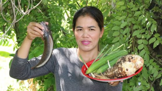 Awesome Cooking Fish Soup W/ Taro Delicious Recipe - Eating Soup For Healthy  - Village Food Factory