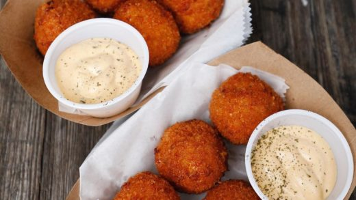 Fried Mac and cheese balls all day erreday     ...