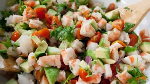 I had a craving for Shrimp Ceviche today and I was in a mission to make it. Turned out delicious! Click link in my bio for recipe   ...