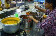 FOODporn.pl Malaysian Street Food Tour in Kuala Lumpur, Malaysia | Street Food in Malaysia BEST Indian Curry