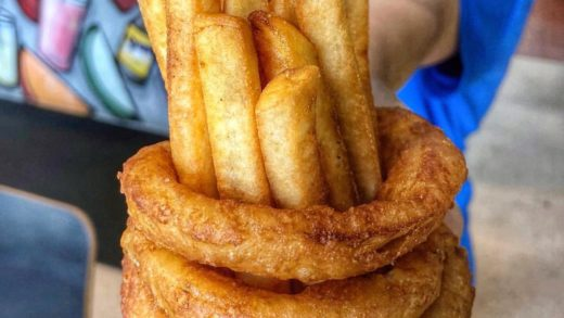 ONION RING FRENCH FRY CUP                     PC: ...