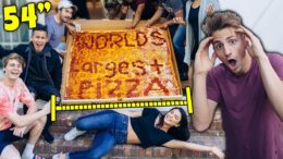 Ordered WORLD'S LARGEST PIZZA! *4ft Pizza Challenge!*