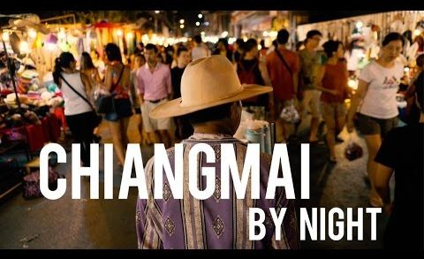 THE BEST STREET FOOD AT THE NIGHT MARKET IN CHIANGMAI THAILAND