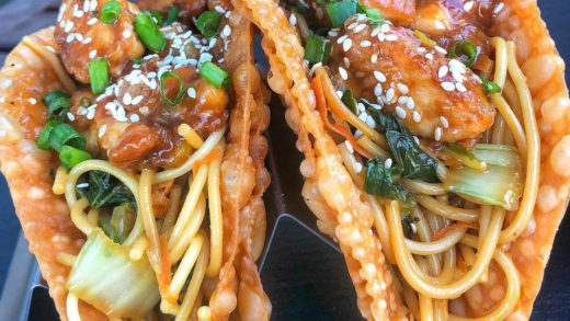 This chow mein taco is about to be my main chow. :  ...
