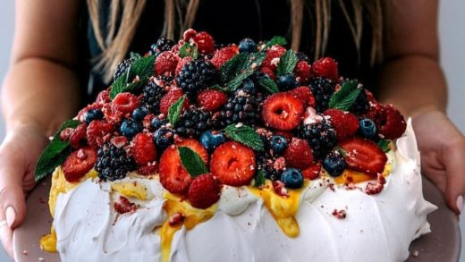 YES OR NO?? Berries pavlova by  I like it!! I want to taste!                    ...
