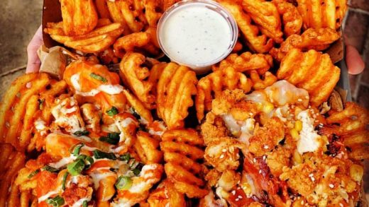 A little rain never stopped anyone from getting their hands on the tastiest wings at   : Tag A Friend That Would Dig This!  Follow   Follow   Follow     &  All rights and credit reserved to the respective owner(s)  Post your best food pics with            ...