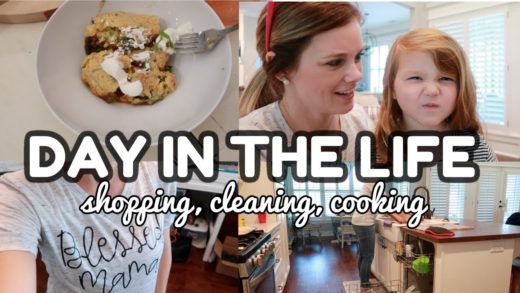 DAY IN THE LIFE CHRISTMAS SHOPPING, CLEANING, COOKING // WHAT I EAT IN A DAY // CHRISTMAS DECOR HAUL