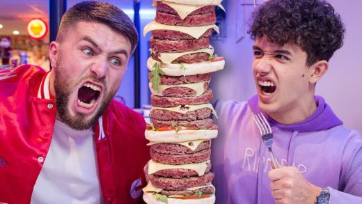 ON MANGE UN BURGER DE 20 STEAKS! - FOOD FIGHTER