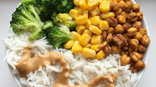 Simple bowls like this one. LOVE THEM Just broccoli, corn, no-oil roasted chickpeas and basmati rice drizzled with peanut butter. So yummy! Maybe kinda weird but 99% of the time I have a jar of PB in my bag That's why I can never carry a small purse. I nee...