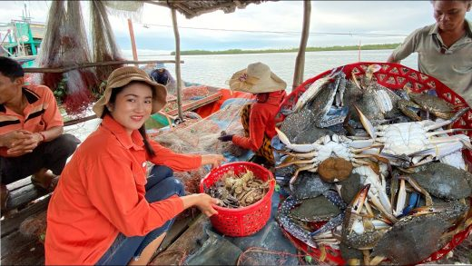 Buy Blue Crabs From The Ocean / Blue Crabs Papaya Salad Recipe / Prepare By Countryside Life TV