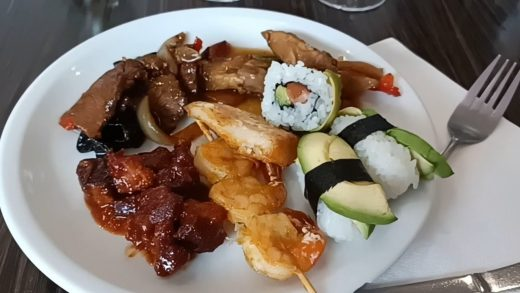 EAT ALL YOU CAN || CHINES RESTAURANT || SEAFOODS, PORK,SALAD etc, Sandy