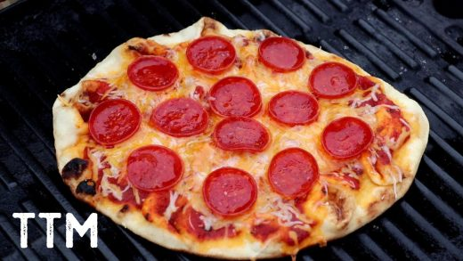 Grilled Naan Bread Pizza