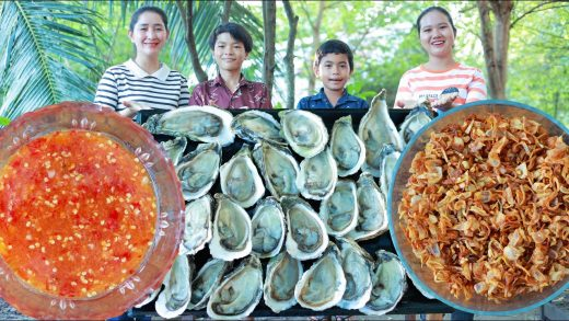 Happy time cooking - Big and fresh oyster grilling - Crispy shallot frying - Grilled oyster eating