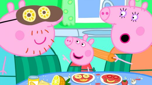 Peppa Pig Official Channel | Peppa Pig Adds Pineapple in Her Pizza