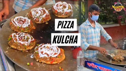 Pizza Kulcha King 👑 (Rs.30/- me itna kuch)😱 Cheapest Pizza Kulcha in Ludhiana | Indian Street Food