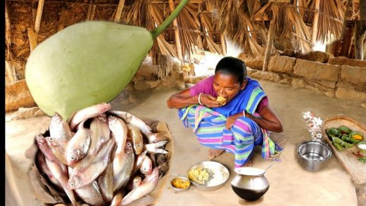 SMALL FISH recipe with BOTTLE GOURD cooking in tribal method by our santali grandma | rural india