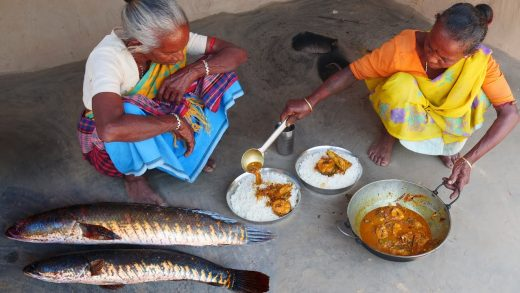 cooking & eating big size shol fish curry by tribe grandmothers in their santali tribal process